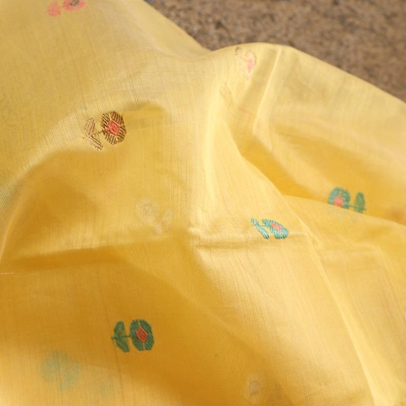 Handwoven Lemon Yellow Silk Cotton Dupatta - WIIAPRI CWMD 10 - Fabric View