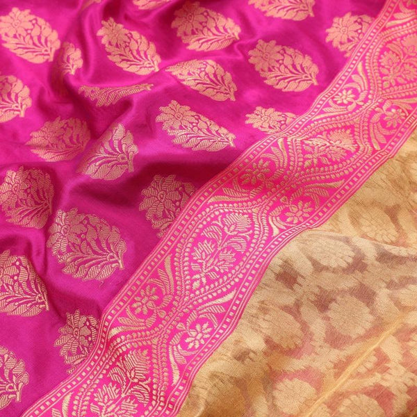 Handwoven Cream Banarasi Silk Tissue Sari - WIIRJ992009 - Design View
