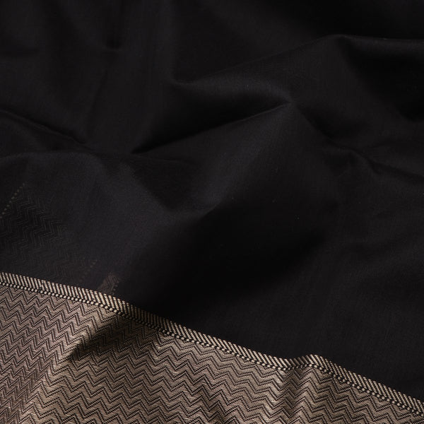 Handwoven Midnight Black Kanjivaram Silk Sari-WIIGS035 - Design View