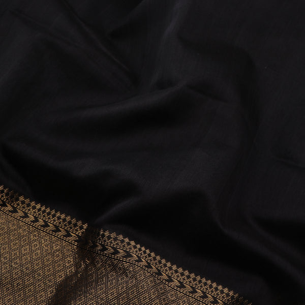 Handwoven Black Maheshwari Silk Cotton Sari-WIIGS034- Fabric View 2