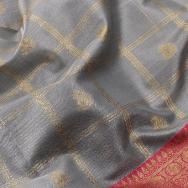 Handwoven Graphite Grey Silk Cotton Chanderi Sari - WIISHNIKARIDNAM0100-2 - Motif View