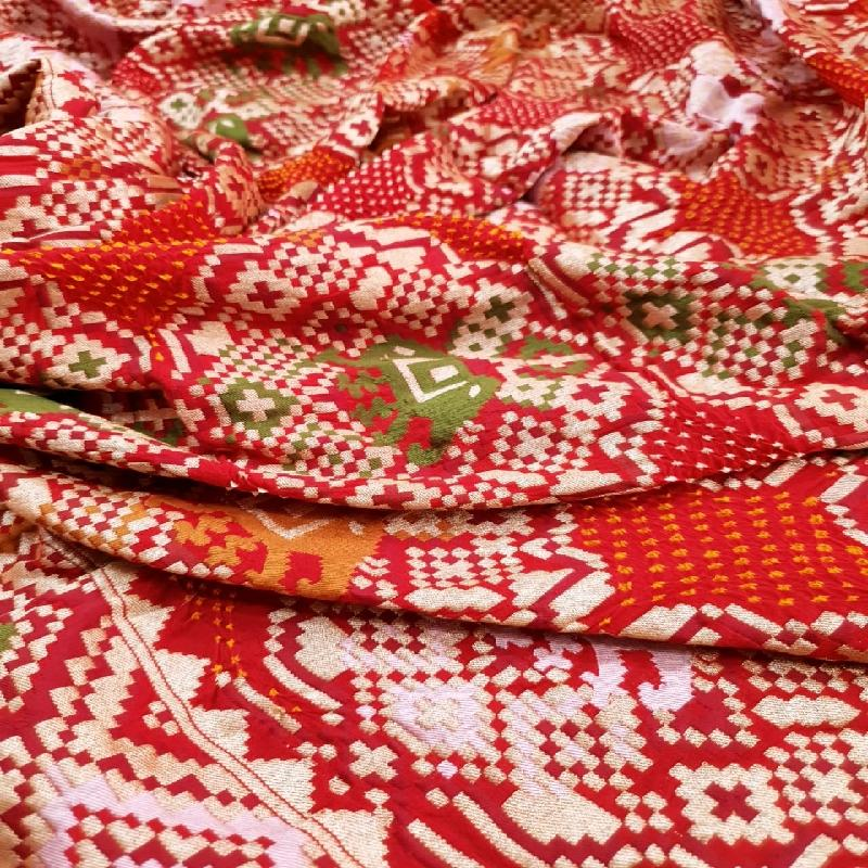 Chilli red bandhani saree