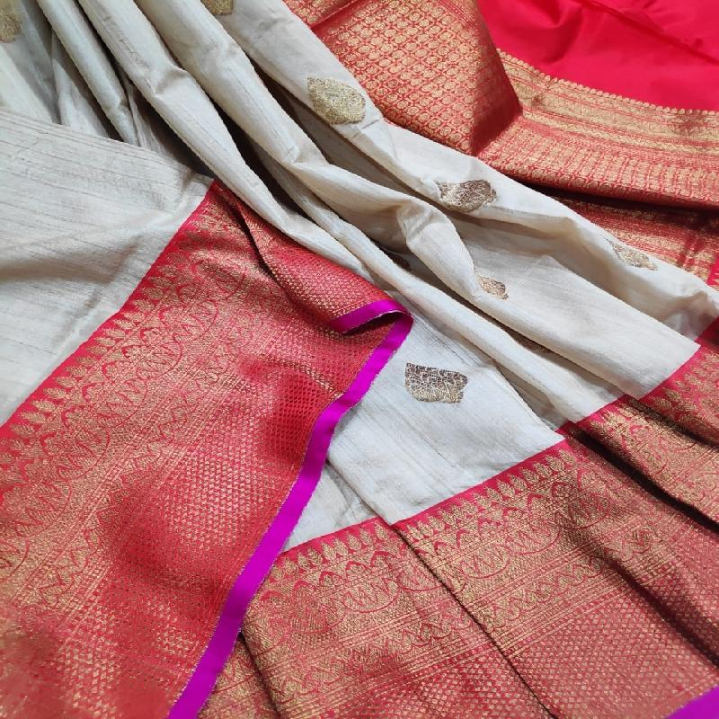 White Banarasi Silk Saree - WeaveinIndia
