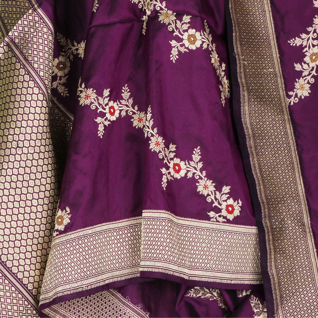 Handwoven Aubergine Purple Banarasi Katan Silk Dupatta - WIIBT0104 - Full View