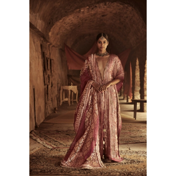 ITRH Farah Kaftan Set with dupatta