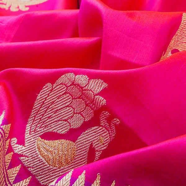 HANDWOVEN RANI PINK BANARASI SILK SARI-WIIBT108- Fabric View