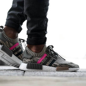 "Adidas NMD R1 Primeknit ""Green Night/Shock Pink"""