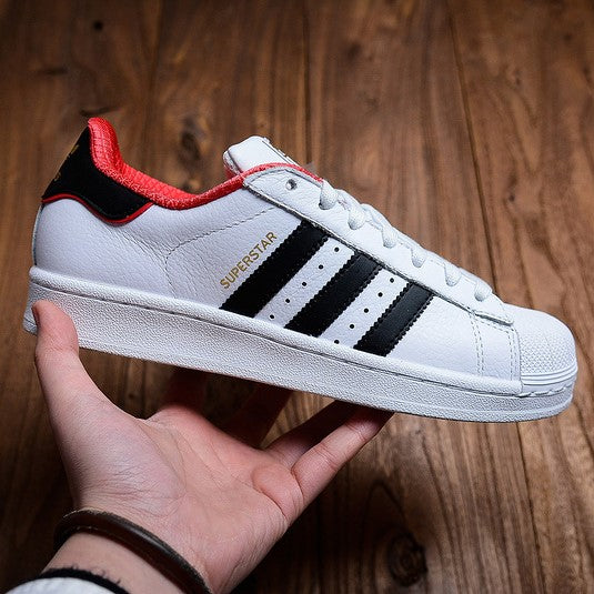 adidas superstar white with red stripes
