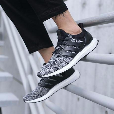 ULTRA BOOST X REIGNING CHAMP CORE BLACK WHITE