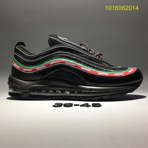 100% authentic bcd2a 98cb4 Undefeated x Nike Air Max 97 OG