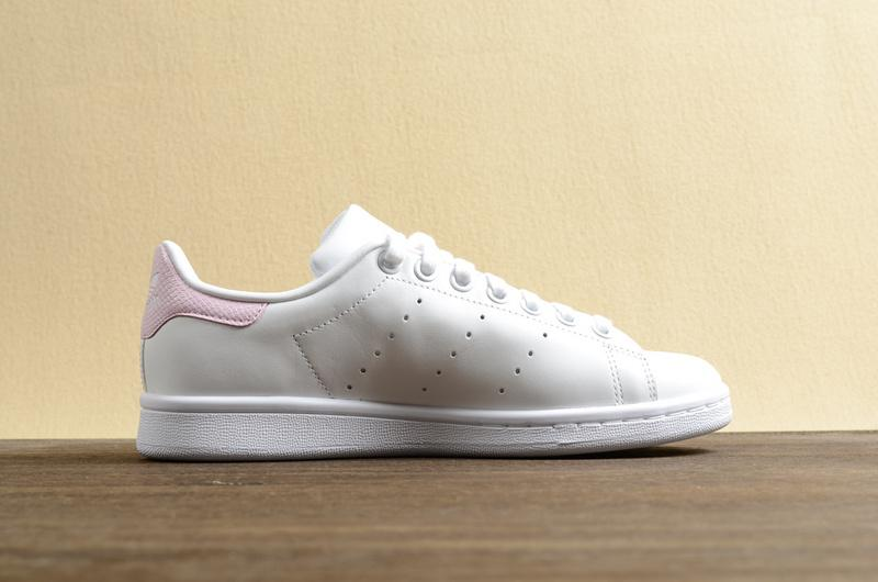 new product ef335 8abe7 Adidas Stan Smith