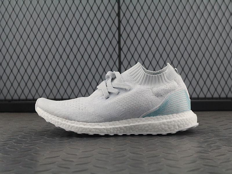 brand new 37902 75f66 Adidas Ultra Boost Uncaged x Parley 'Clear Grey/Crystal White'