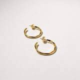 Wiggle Hoops (Medium), Yellow Gold Plated