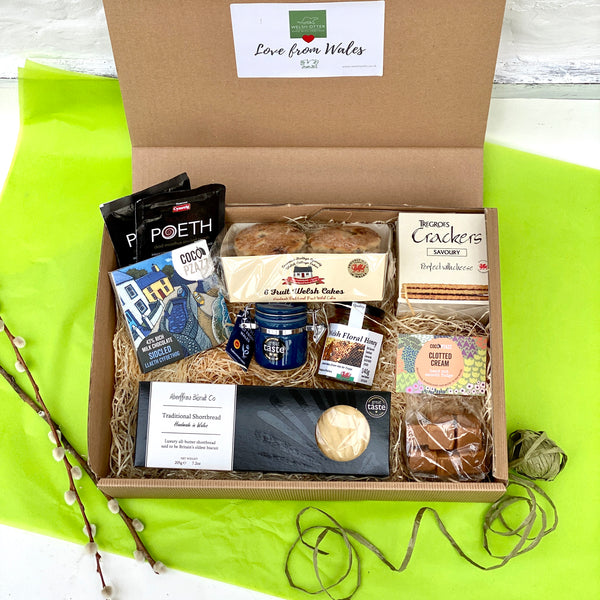 'Love from Wales' - Taste of Wales Gift Box