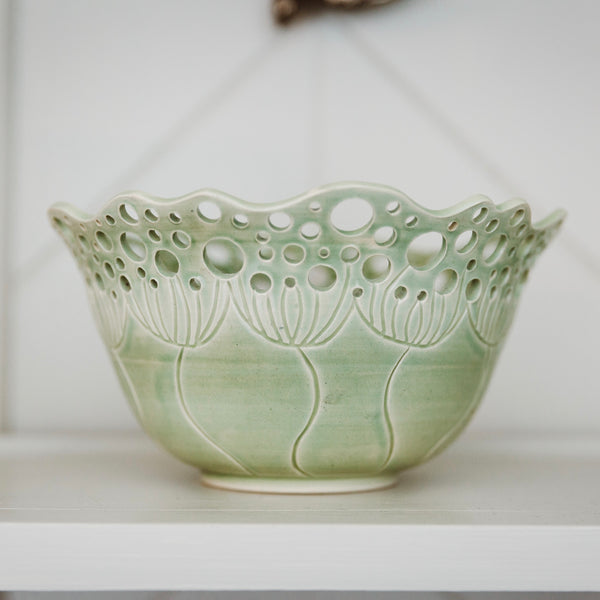 Cow Parsley Bowl - Sage - Large