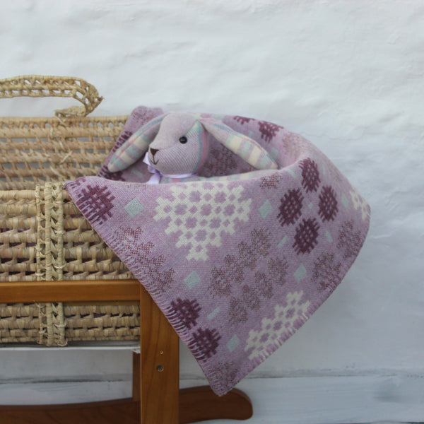 Welsh Tapestry Cot Blanket Grug Y Mynydd Lilac and Heather