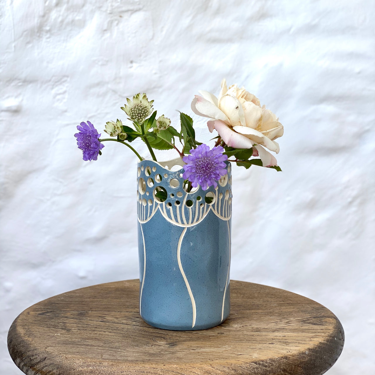 Cow Parsley Vase - Sky Blue