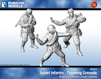 284034 - Soviet Infantry Throwing Grenade