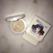 Glitter Eyes Goddess Glow Highlighter in Glow Up