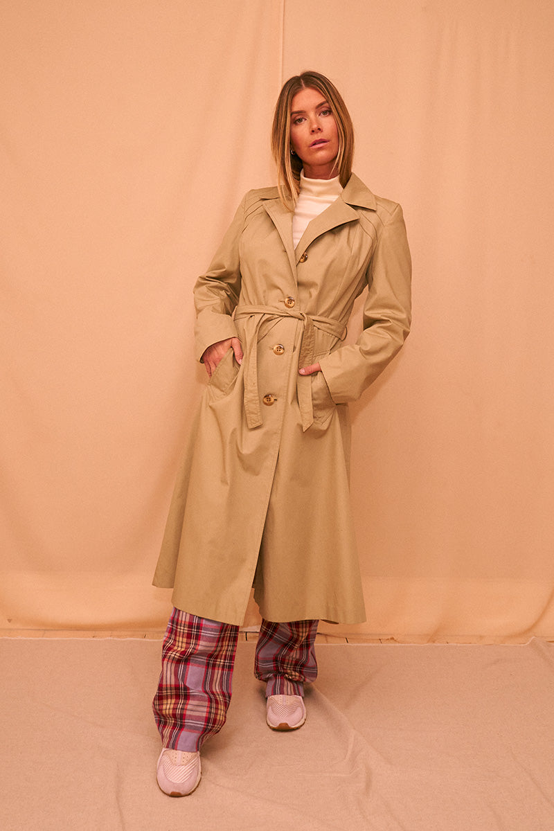 Parisian Trenchcoat