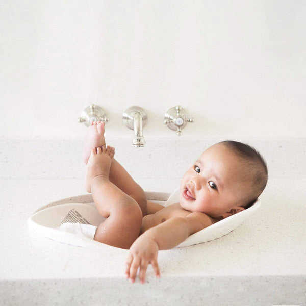 Puj Puj Flyte White Bath Tub