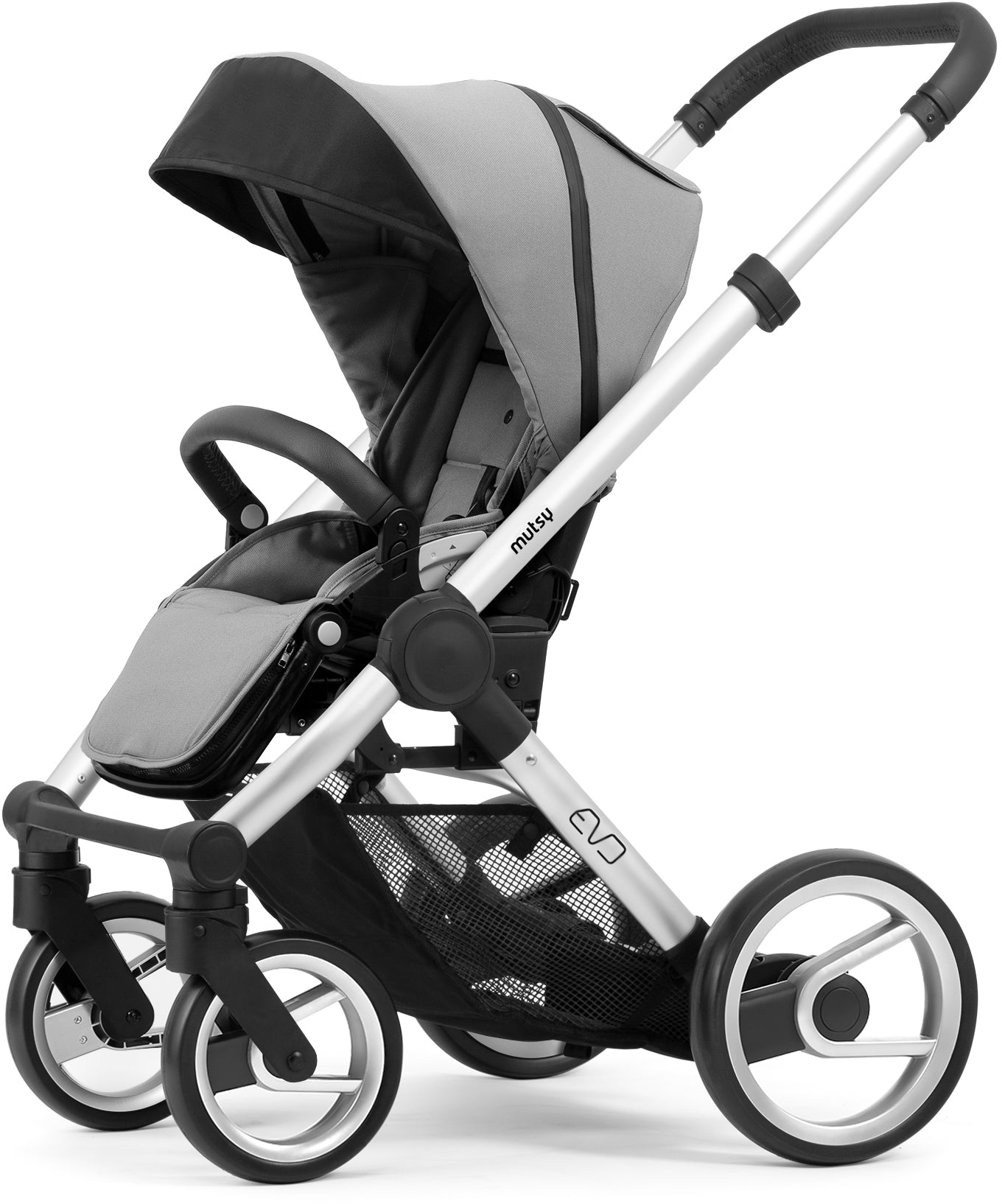Mutsy Mutsy Evo Pushchair Bold Pebble Grey