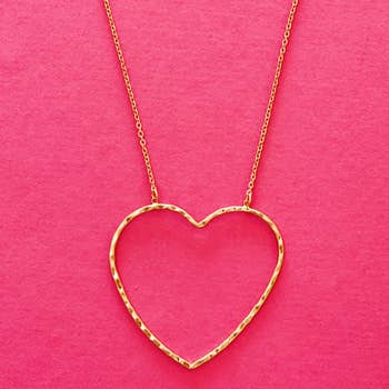 Necklace - oversize heart