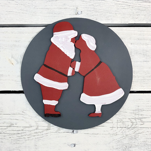 Greens Mill - Interchangeable HOME Sign, Kissing Claus Attachment