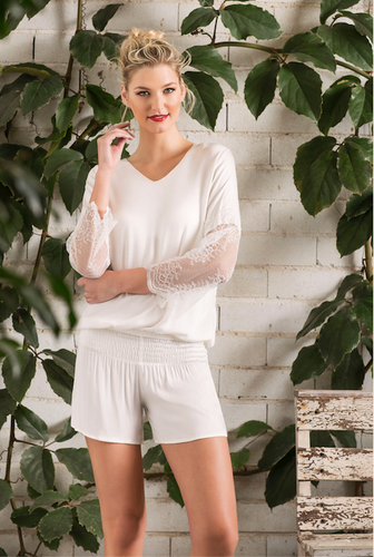 PJ SET  WITH LACE SLEEVES AND SHORTS