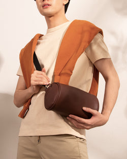 D.V.L. Cylinder Bag (Chestnut)