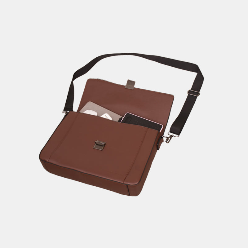 D. V. L. Messenger Bag (Chestnut)