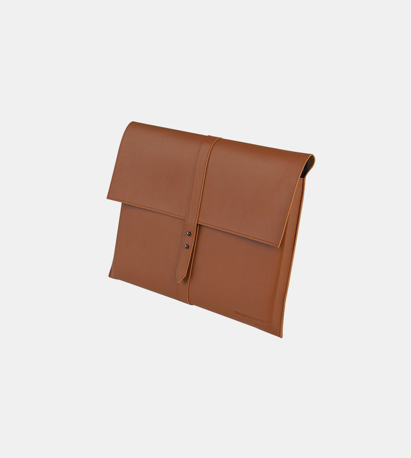 Elegant Laptop Case (Tan) - Diagonal