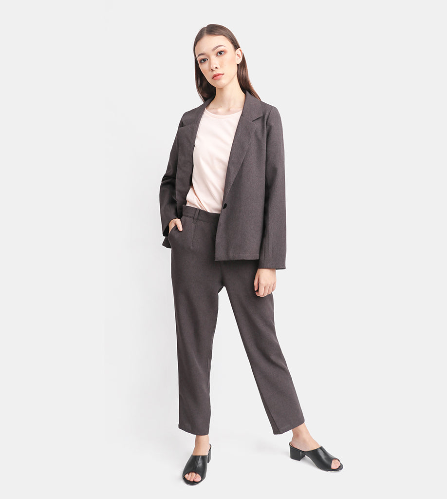 The Easy Tailored Blazer (Dark Grey)