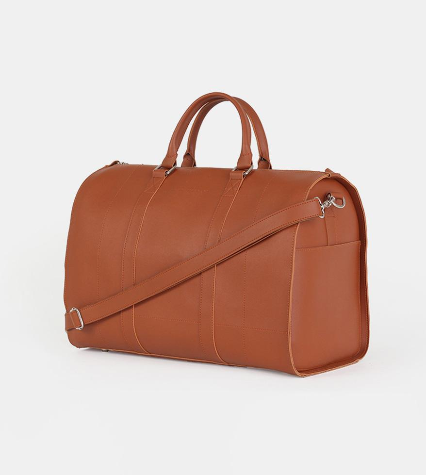 Leather Duffel Bag (Tan) - Diagonal