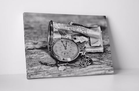 ANTIQUE COMPASS NEWSPAPER BROWN CREAM CANVAS WALL ART IMAGE WALL HANGING B&W
