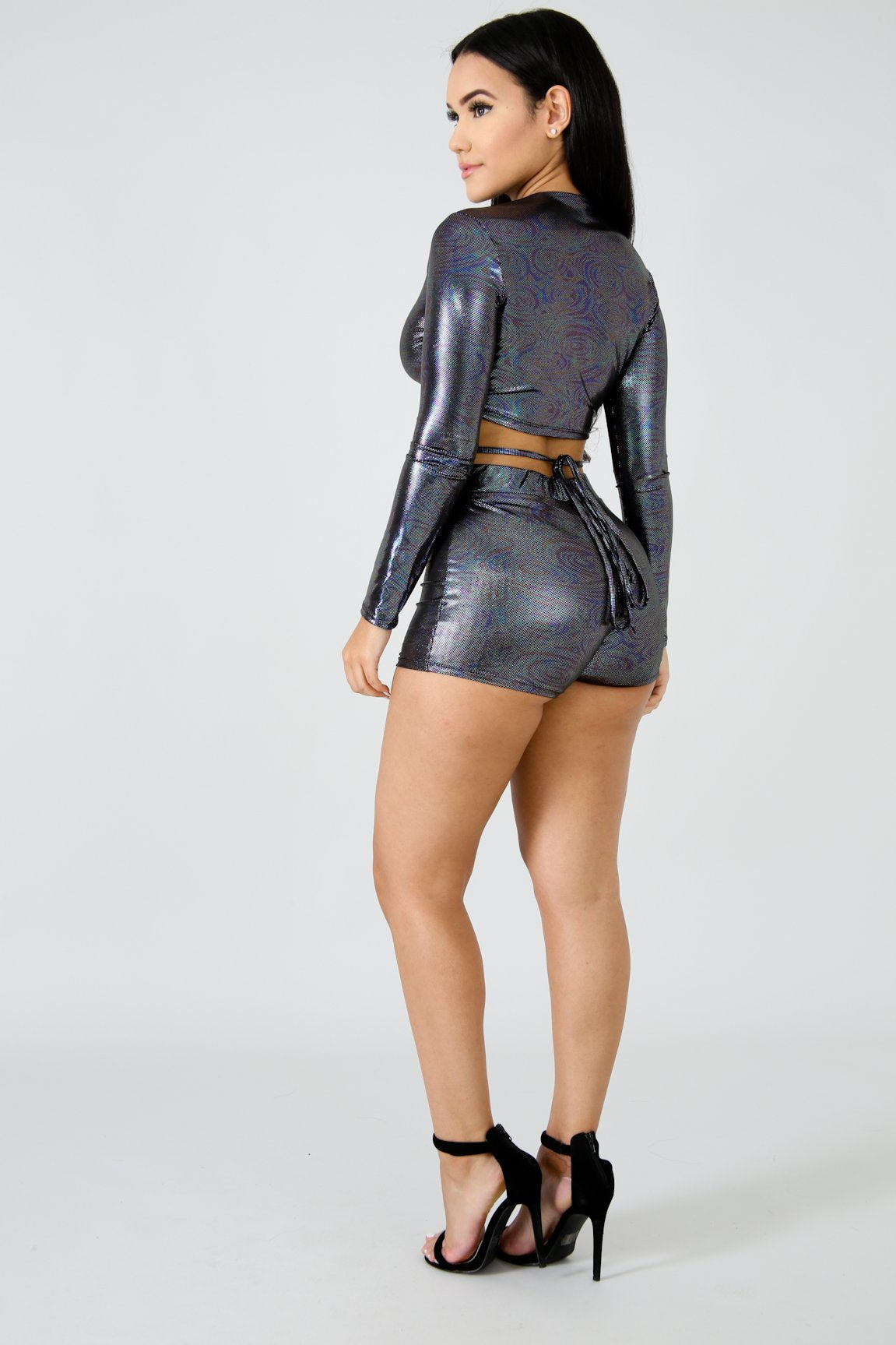Shine Scrunch Short Set | GitiOnline