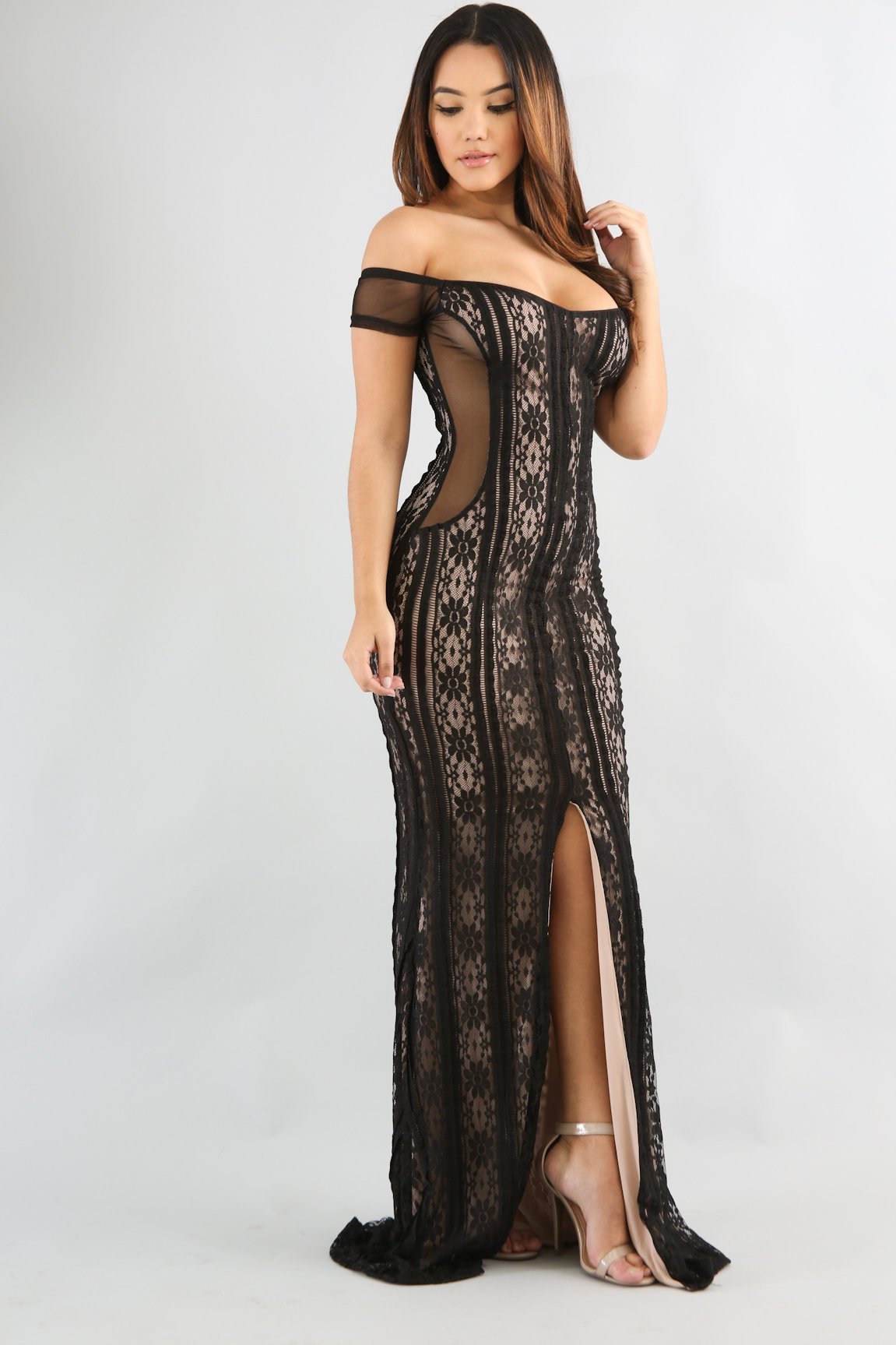 Night Out Lace Maxi Dress