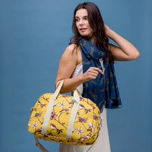 Rosalyn Weekend Bag - Bluebells of Bath