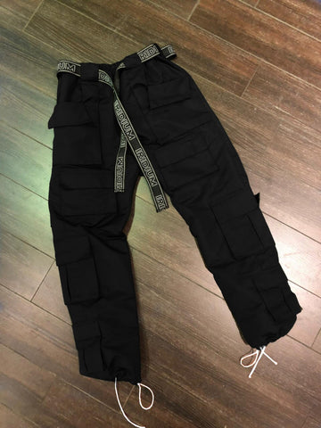Crazy pocket pants black (pre order)