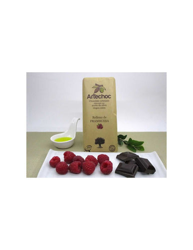 Chocolate with raspeberry cream