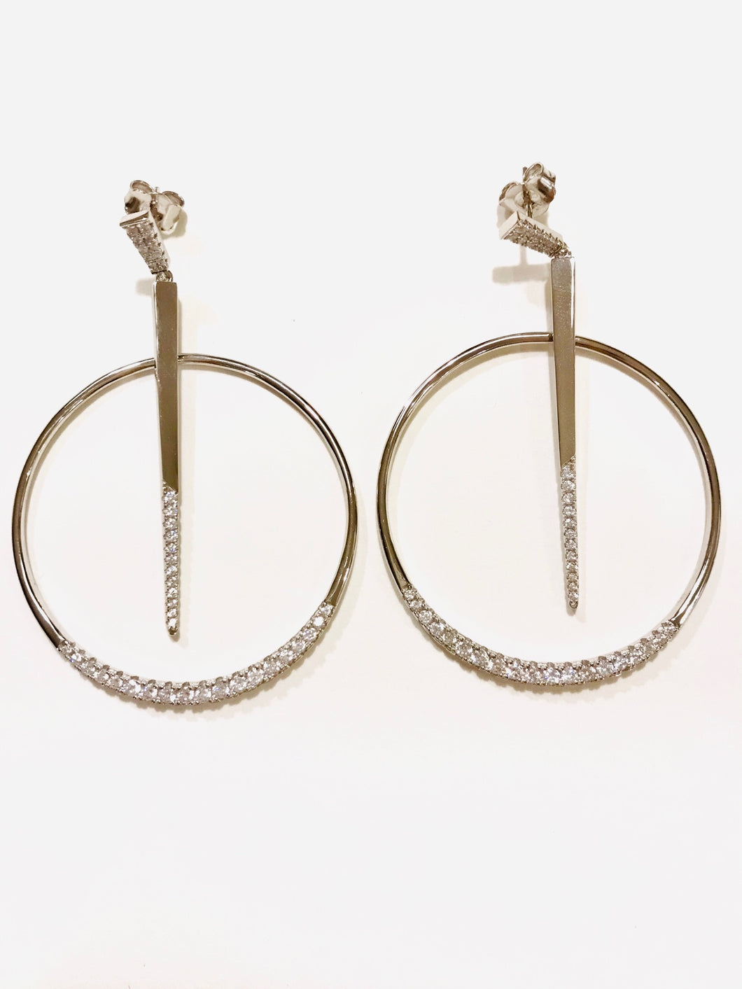 Silver Round Design Earring