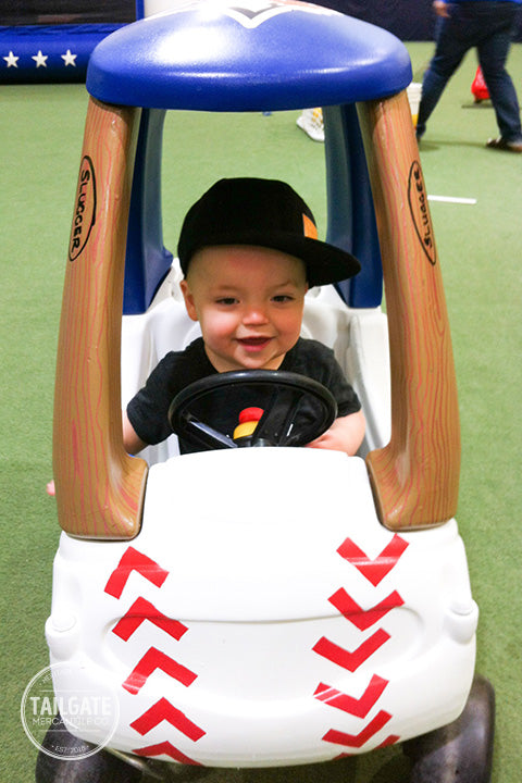 Tailgate DIY: Kid's Bullpen Cart