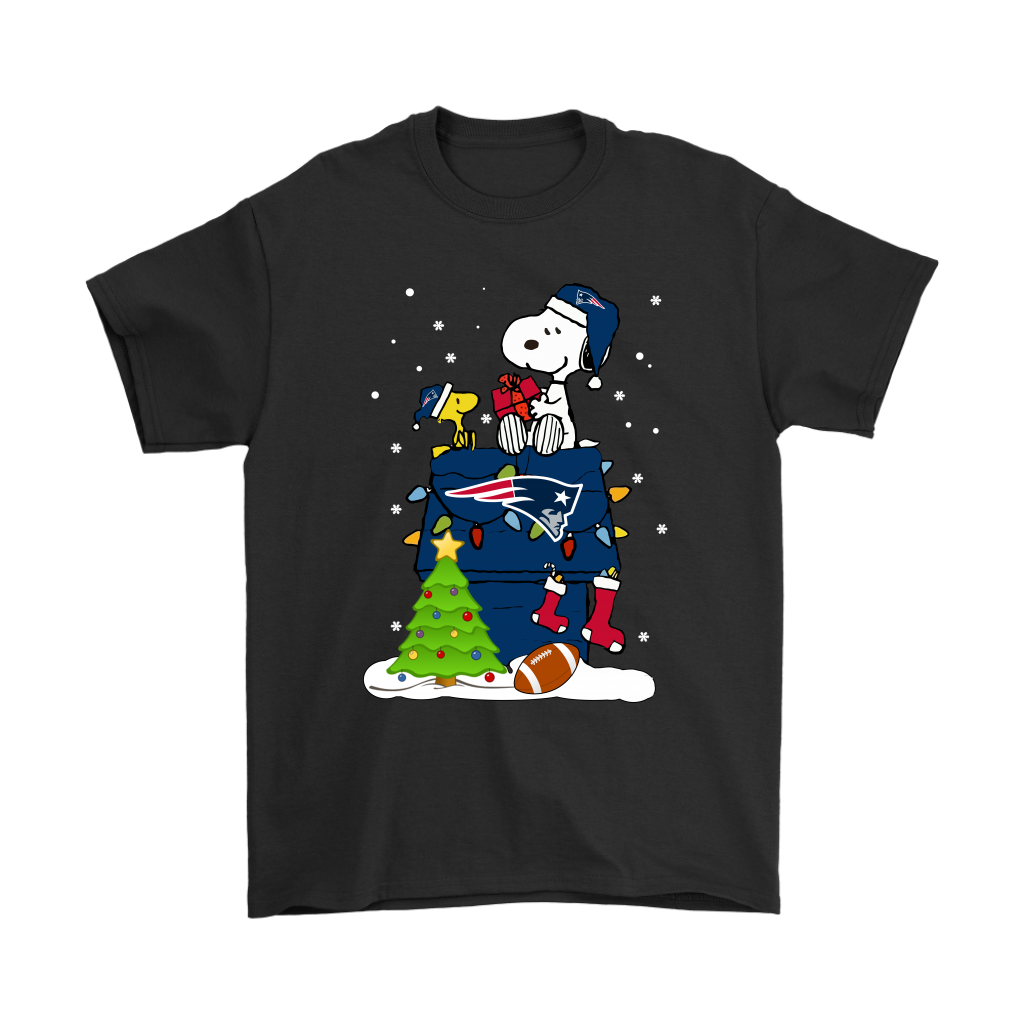 40350ea54 A Happy Christmas With New England Patriots Snoopy Shirts.-NFL Football T- Shirts