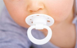 Does formula feeding make your baby happier?