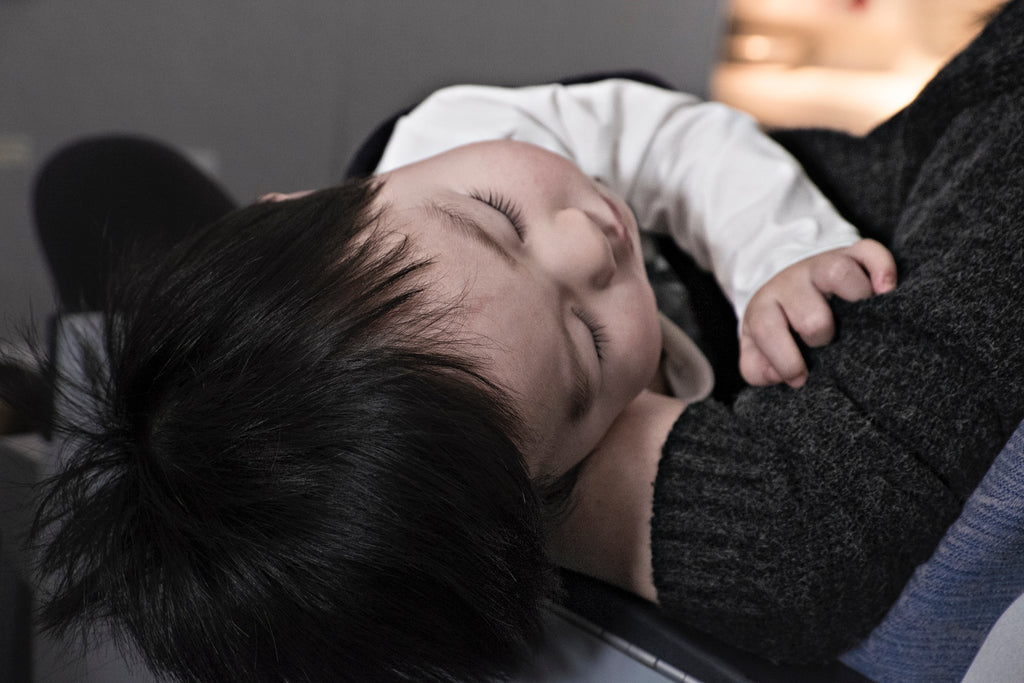 Can a baby comforter really help my baby sleep through the night? Sleepytot answers this question