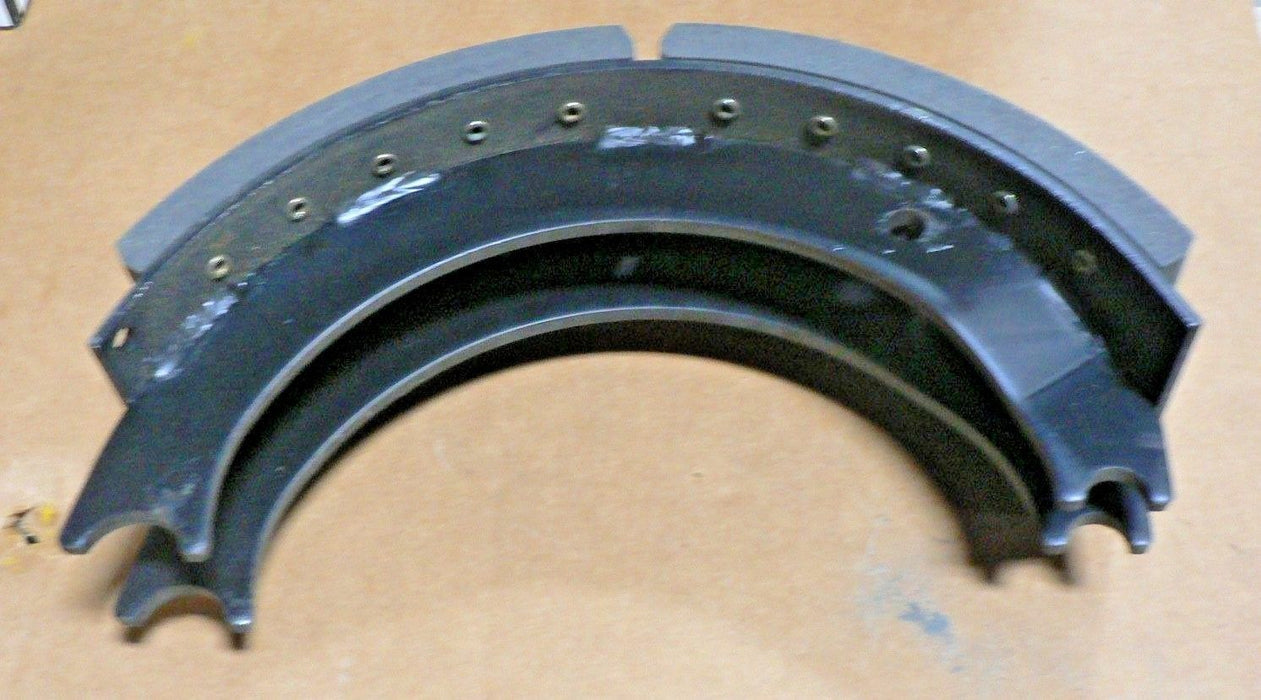 OSHKOSH BRAKE SHOE 1329550 DANA 804380