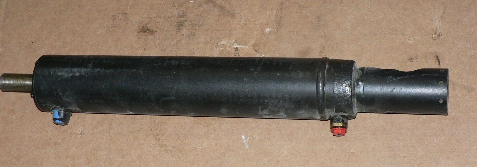 M939 M915 STEERING CYLINDER  TRW C44538-A1-1200