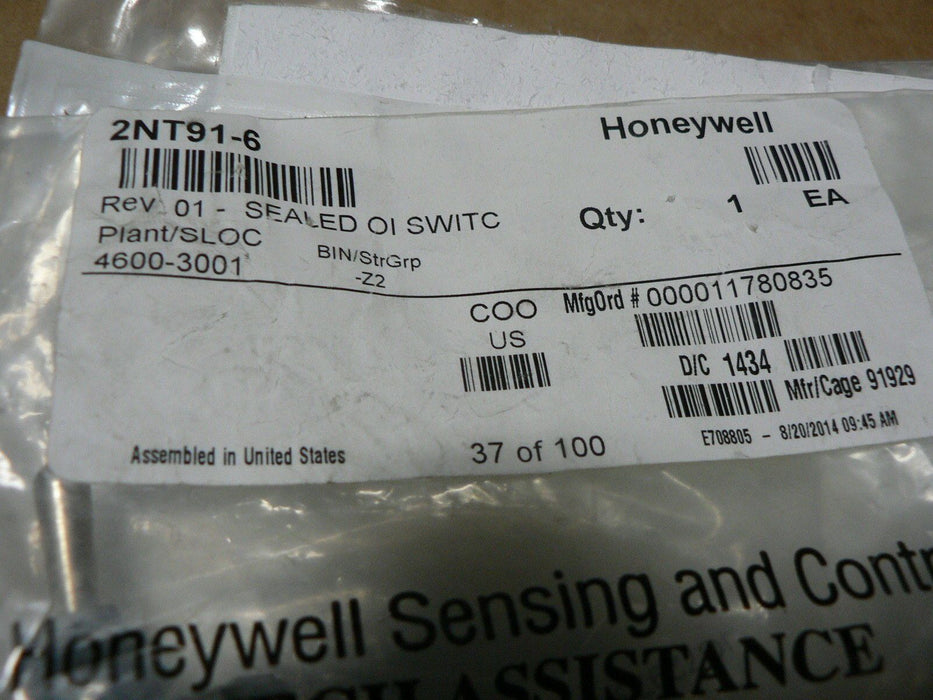 HONEYWELL MICRO SWITCH NT SERIES DOUBLE POLE THROW 3 POSITION  2NT91-6