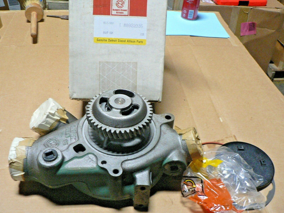 NEW OEM DETROIT DIESEL WATER PUMP 8V92  (WALKING LEGS) 8922336