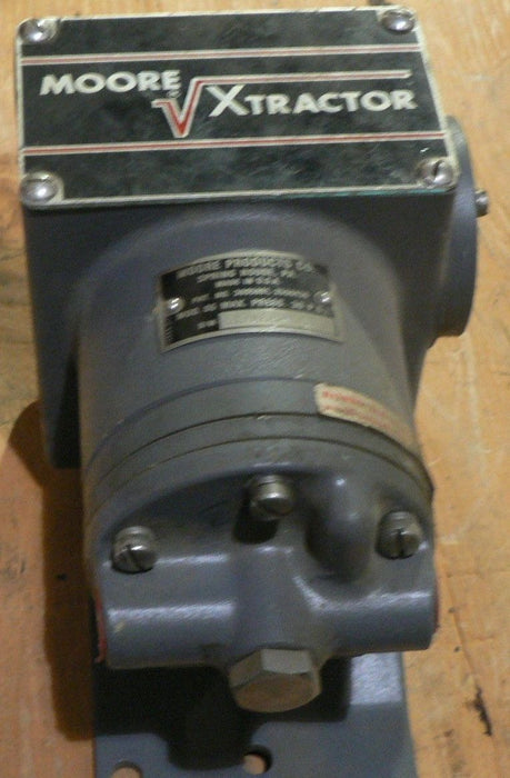 MOORE XTRACTOR MODEL 65 K32468-001 MX PRESS 30 PSI (NOS)